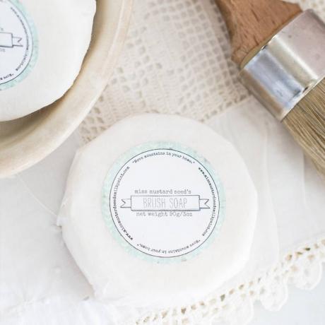 miss-mustard-seeds-milk-paint-mmsmp-brush-soap.jpg