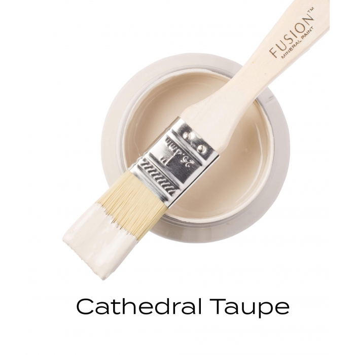 Cathedral_taupe_Fusion_mineraalvarv_tomme.jpg