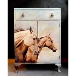 Mint_Sepia_Horses_paremale_2_dekupaazipaber.jpg